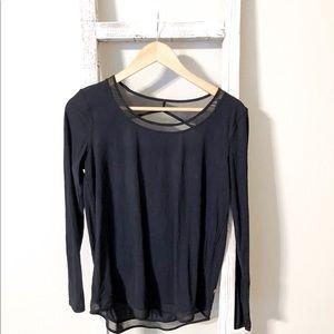 mix and mesh long sleeve lululemon black size 2